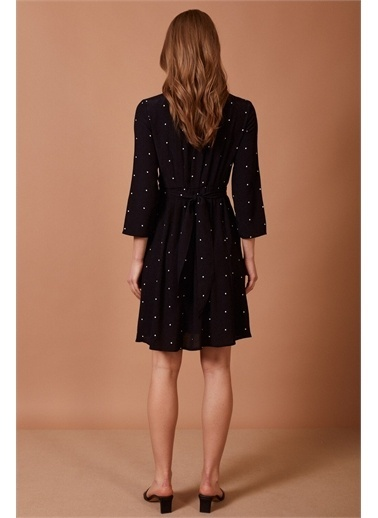 Never More Minik Puantiye Desenli Elbise Renkli